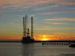 اثرات نفت بر اقتصاد کشور