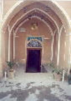 فضاهای ورودی بناهای سنتی